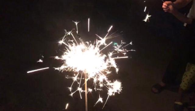 日本一ながーいスパーク花火を実際に使ってみた感想